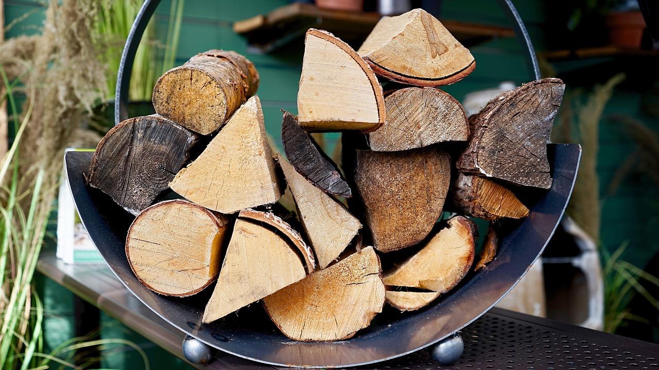 Poêle à bois ou à pellets ?